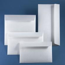 Луксозен плик Кварц. Релефна хартия, светло сребро. Цена 0.80 лв.