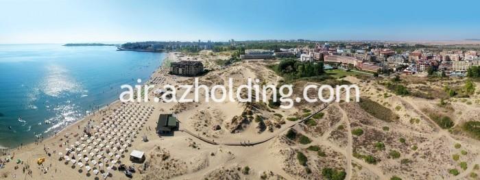 Южната част на плажната ивица на Слънчев бряг
